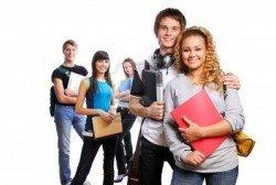 3971135-pareja-de-jovenes-estudiantes-inteligente-sobre-los-conocimientos-adquiridos-amigos-en-el-fondo
